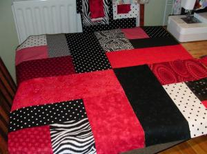 red-black-sample-layout3