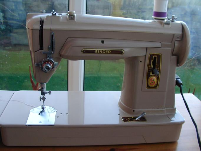 Sewing Machine Gallery Rosewillow's Unfinished Business Adorable Singer Sewing Machine 1960